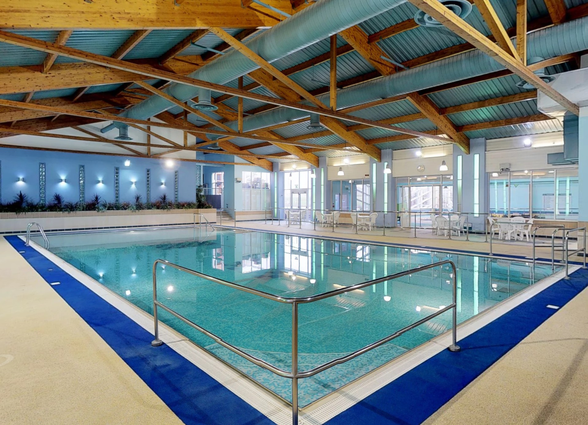 The Leisure Complex – Hoburne Holidays Cotswold